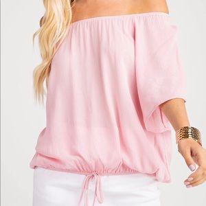 NWT! Off the shoulder light pink blouse  💁🏼♀️